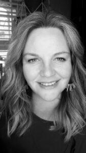 Anna Larson, NomadAbout